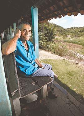 Severino Souza é memória viva do local. Fotos: Paulo Paiva/DP/D.A. Press
